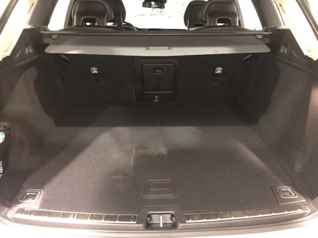XC60 maletero