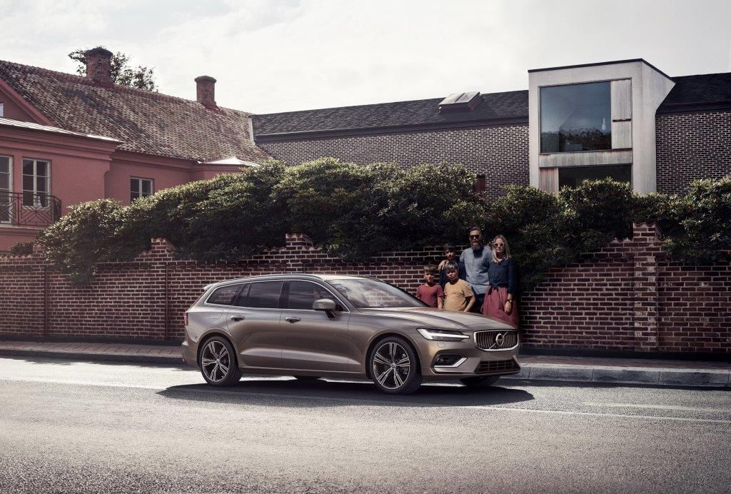 V60 Cross Country family