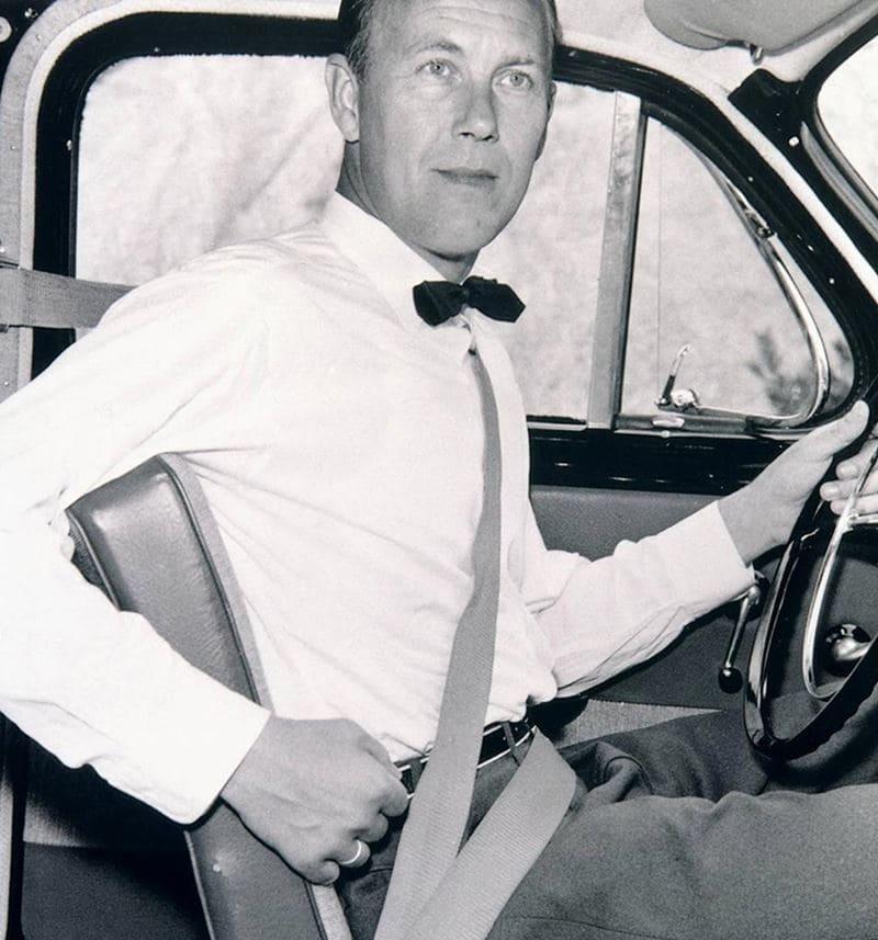 seat_belt_2
